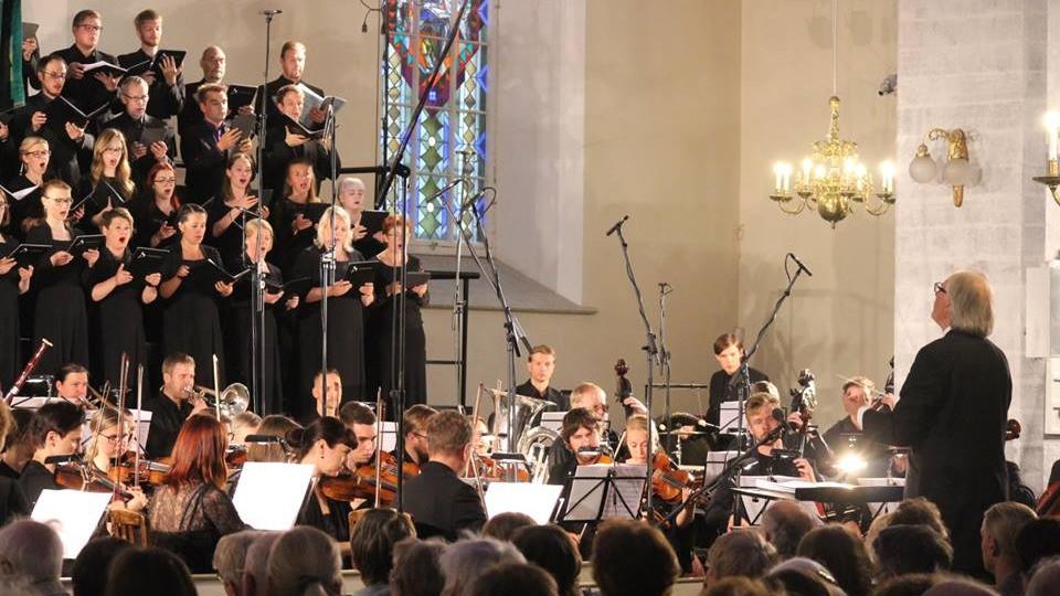 """Rudolf Tobiase oratoorium """"Joonas"""" esiettekandel 7. juunil Tallinna Jaani kirikus. FOTO KRISTEL ÜKSVÄRAV."""