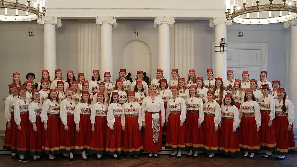 Tartu ülikooli akadeemiline naiskoor, dirigent Triin Koch