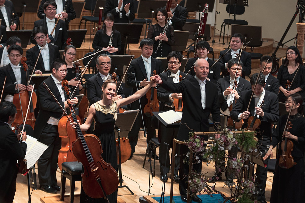 Paavo Järvi, Sol Gabetta ja NHK sümfooniaorkester Estonia kontserdisaalis. FOTO EESTI KONTSERT