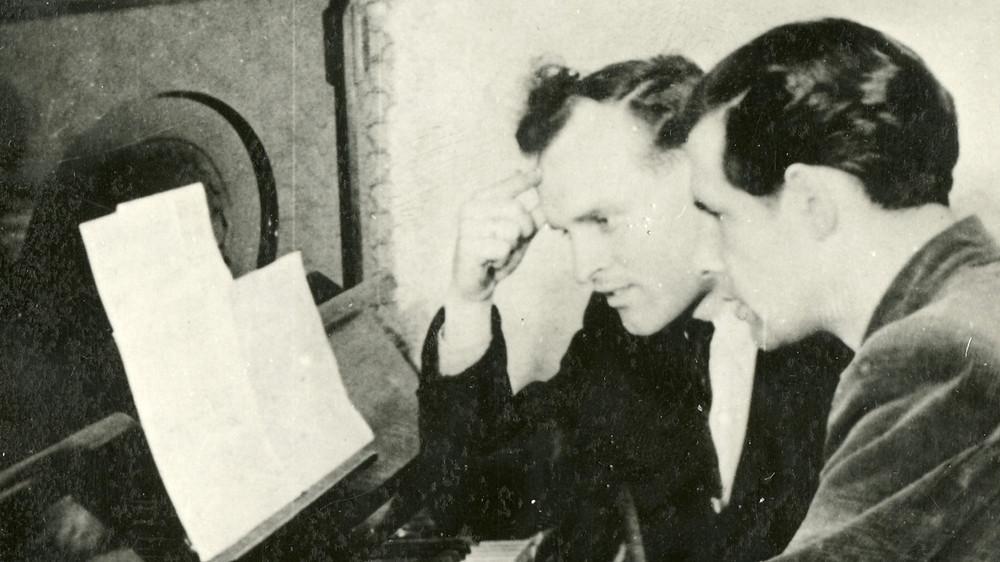 Uno Naissoo loomingutunnis aastal 1955. FOTO ETMM.