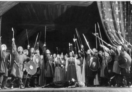 """Stseen Eugen Kapi ooperist  """"Tasuleegid"""""""
