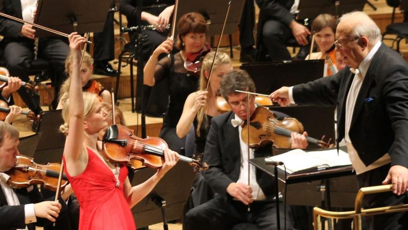 ERSO avakontsert, solist orkestri uus kontsertmeister Triin Ruubel, dirigent Neeme Järvi. FOTO ERSO