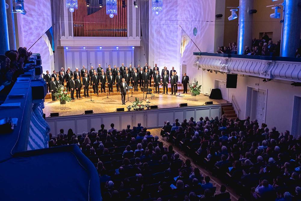 Eesti Rahvusmeeskoor juubelikontserdil Estonia kontserdisaalis. FOTO GUNNAR LAAK