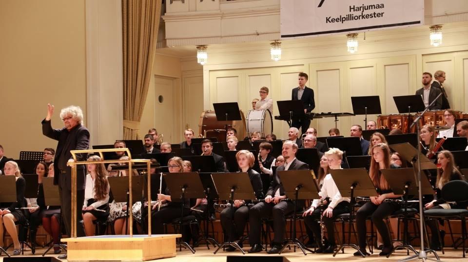 Hetk kontserdilt, dirigent Harry Illak. FOTO TÕNIS TUUDER
