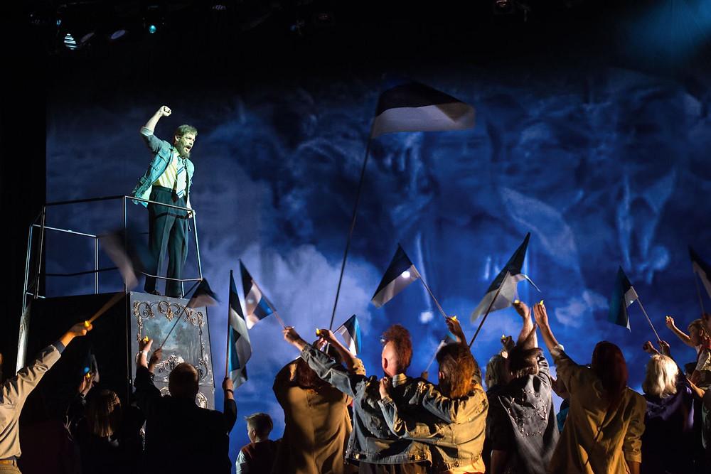 """Rasmus Puuri esikooper """"Pilvede värvid"""" esietendus Rahvusooperis Estonia  tänavu 22. septembril. FOTO RAHVUSOOPER / HARRI ROSPU."""