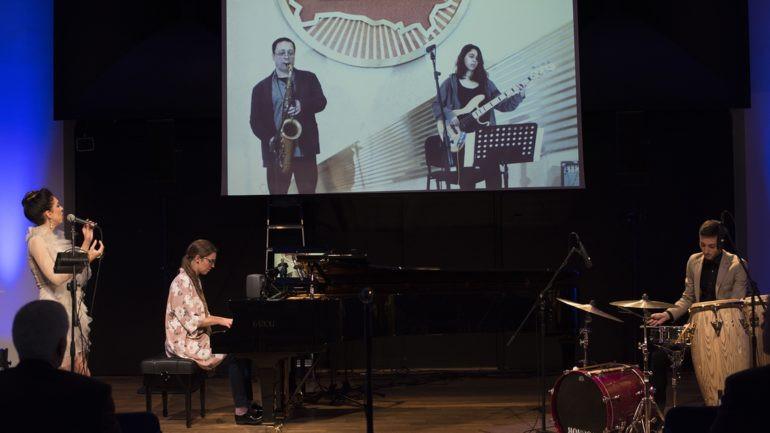 LoLa ülekandetehnoloogia esitlemine muusikaakadeemias. Foto: EMTA