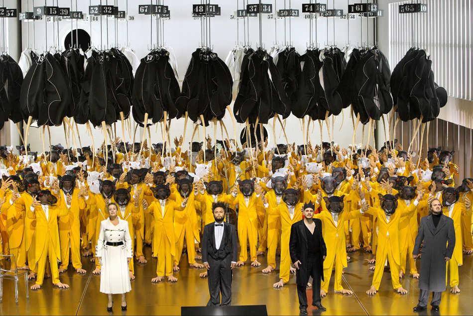 """Wagneri """"Lohengrin"""" Bayreuthi festivalil 2014. aastal. FOTO © BAYREUTHER FESTSPIELE / ENRICO NAWRATH"""