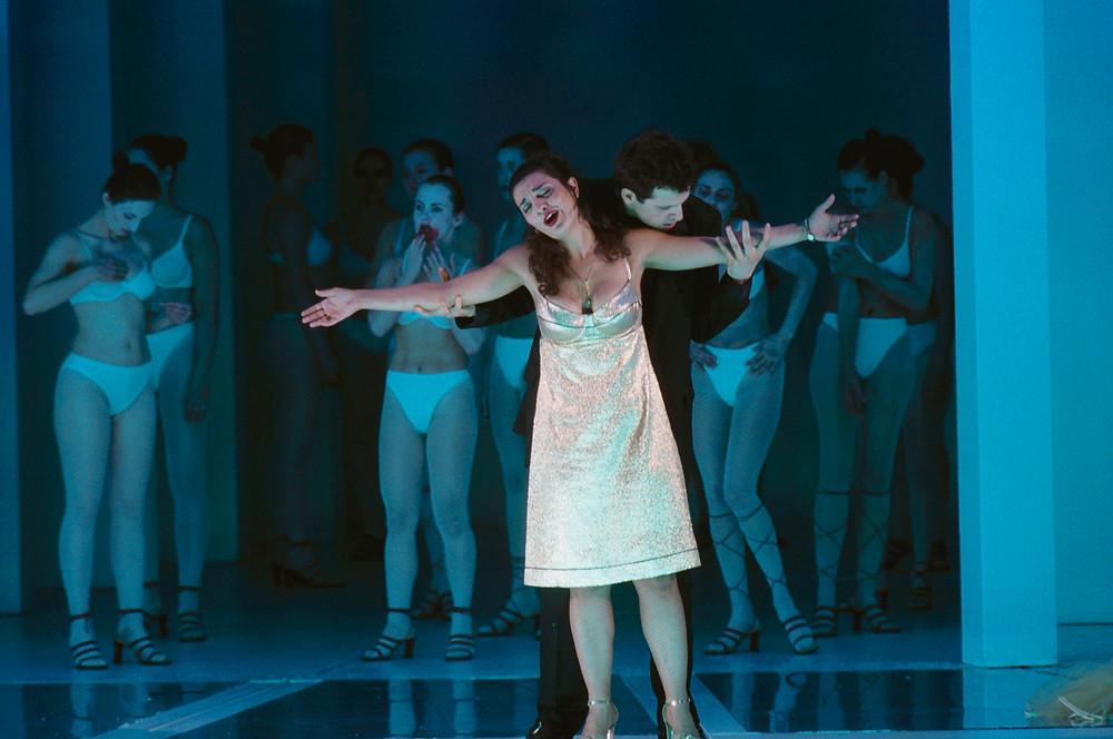 "Thomas Hampson ja Isabel Bayrakdarian Martin Kusej ""Don Giovanni"" lavastuses. FOTO SCANPIX / AKG IMAGES / MARION KALTER"