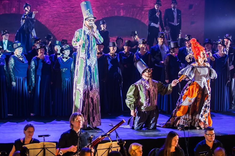 """Rõõm oli kuulda Haydni """"Aastaaegades""""Alfia Kamalovat ja Juhan Trallat. FOTO INTERNETIST"""