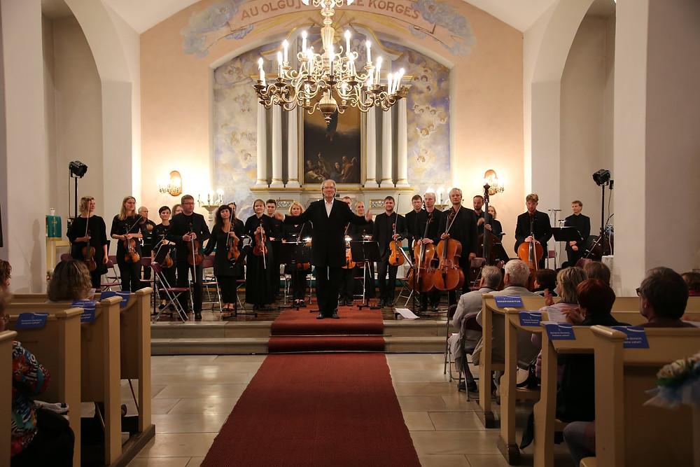 """""""Saabumissümfoonia"""" Paide kirikus. FOTO MARGIT TOHVER-AINTS"""