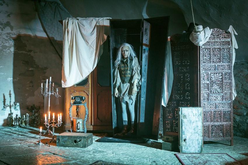 """Stseen Kellerteatri lavastusest """"Canterville'i kummitus"""" FOTO SIIM VAHUR"""