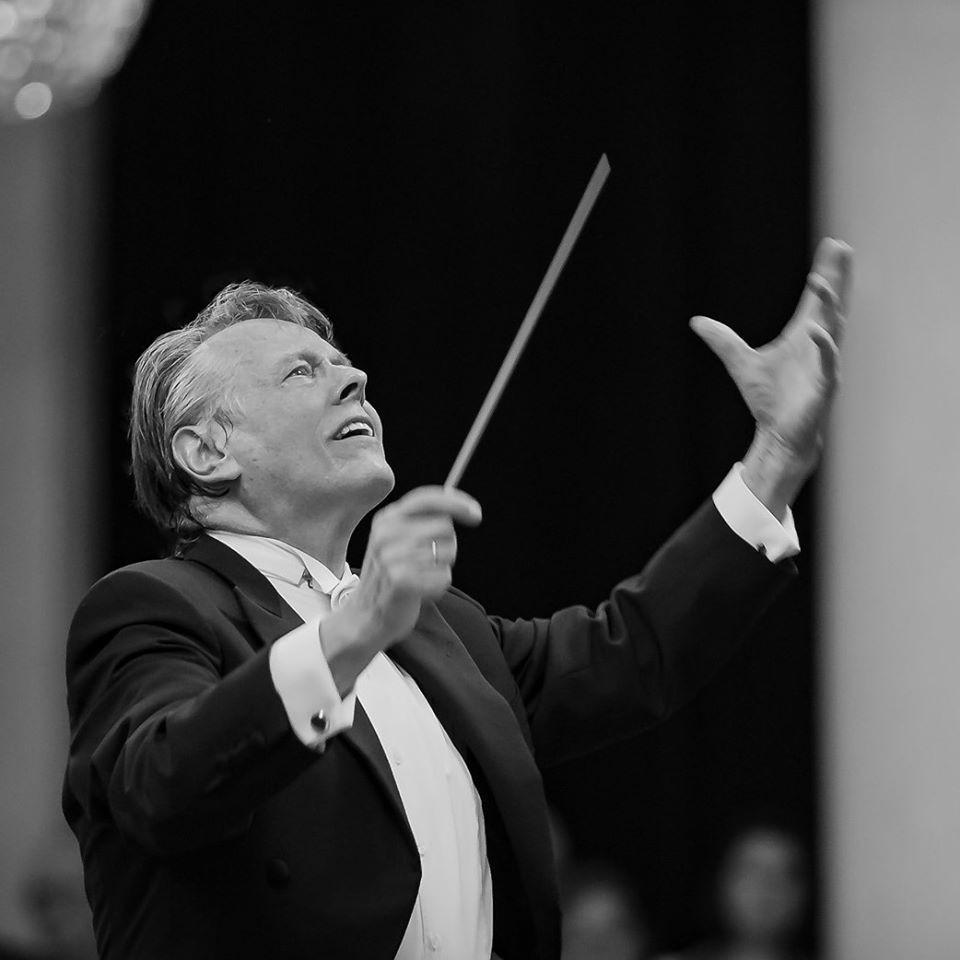 Mariss Jansons oma Baieri Raadio sümfooniaorkestriga kontserdireisil, esinemas St Peterburgi filharmoonias 16. mail 2018. aastal. FOTO P. Meisel (BRSO)