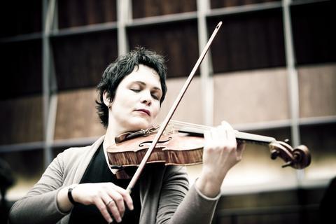 Vioolamängija Tabea Zimmermann. Foto: myriosmusic.com