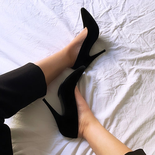 Black pumps 🖤