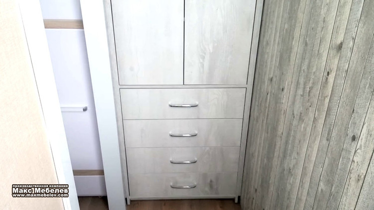 Шкаф в кабинет