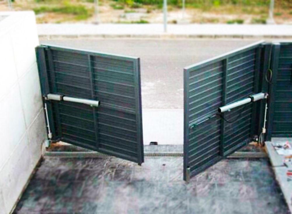 puerta-batiente-residencial-puertas-come