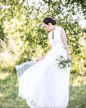 Brautdirndl.jpg