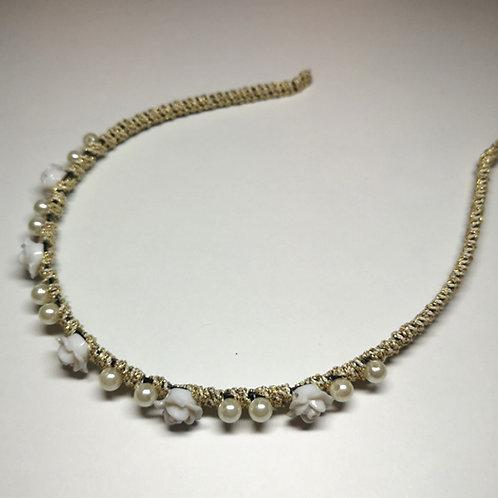 Haarreif mit kleinen Rosen und Perlen