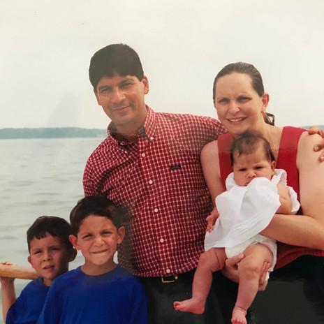 fernandez family younger years.jpg