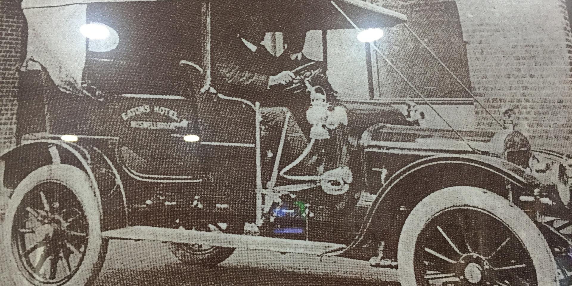 Eatons Hotel Heritage Motor Car Photo