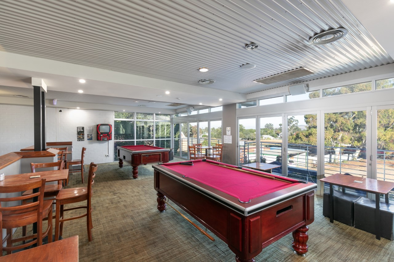 Eatons Hotel 2018 pool room