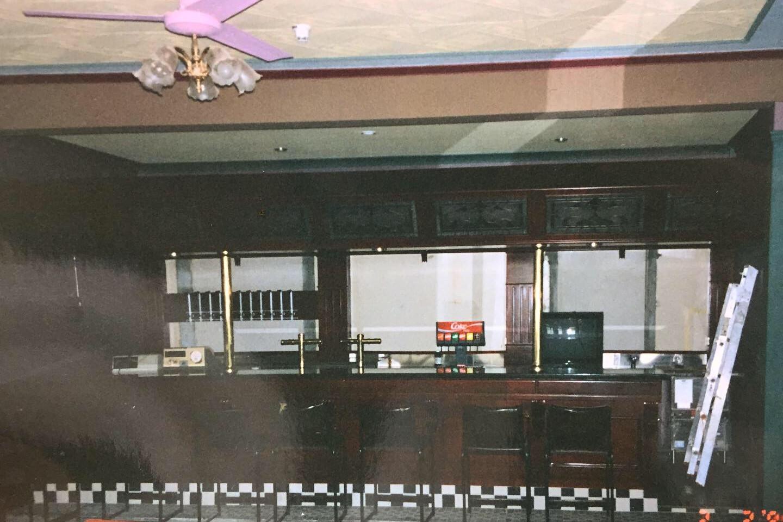 Eatons Hotel 90's dancefloor bar