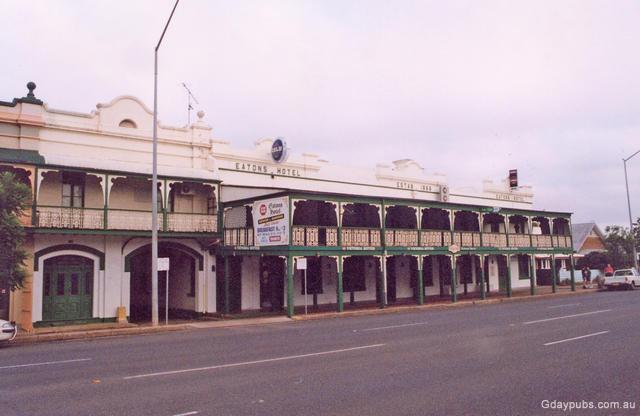 Eatons Hotel 90's facade