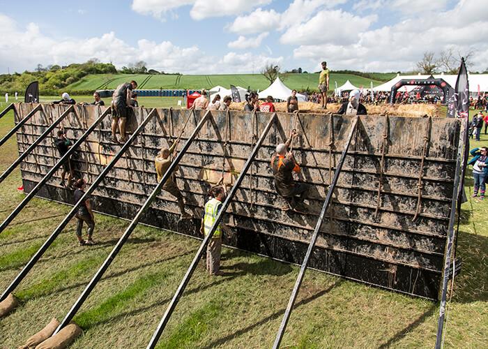 12 ft Muddy Wall