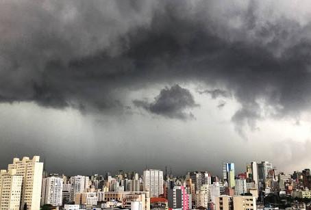 NOVA FRENTE FRIA NA REGIÃO SUL DO BRASIL