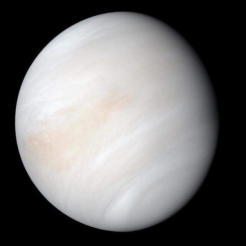 Vênus registrado pela Mariner 10 em 1974. Créditos: NASA/JPL-Caltech