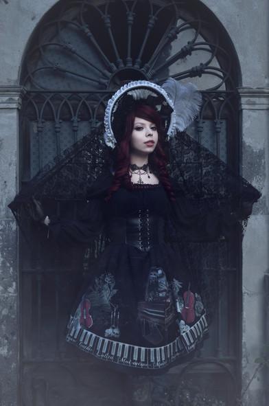 Gothic Lolita Fashion Graveyard