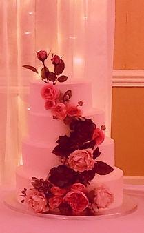 Wedding%252520Cake_edited_edited_edited.