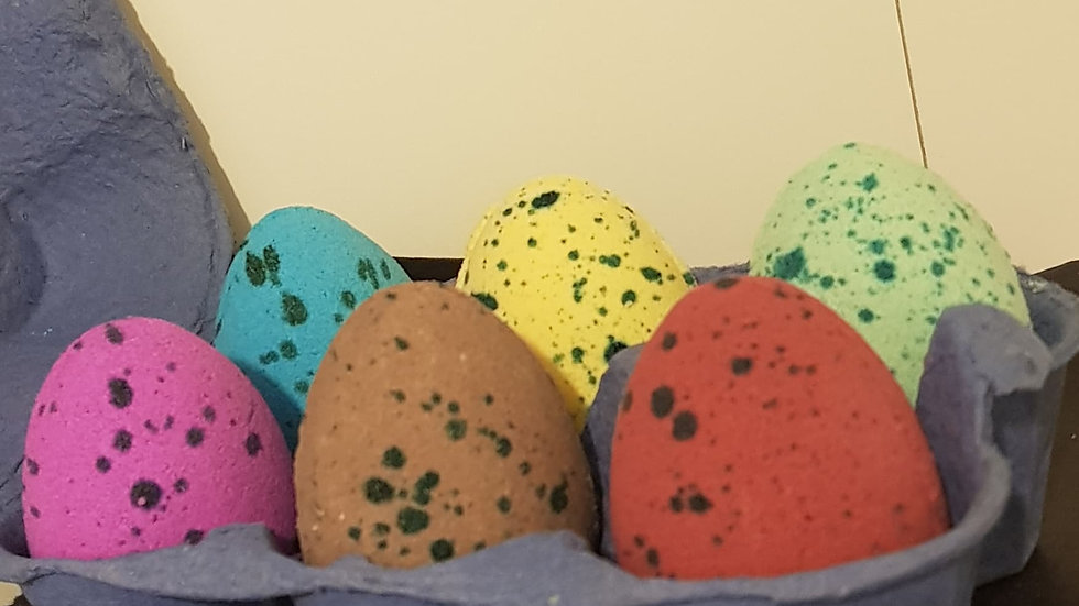 Dinosaur/Unicorn Egg Bath Bombs