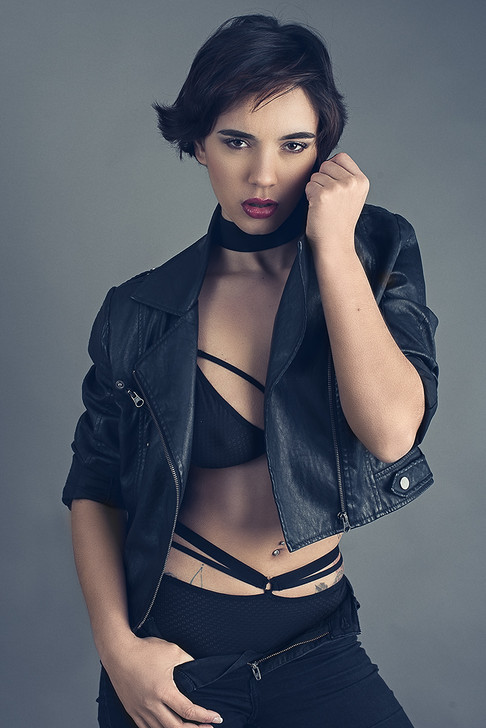 Look book photo of model Siena Hutton, studio shot by Marc De Vinci