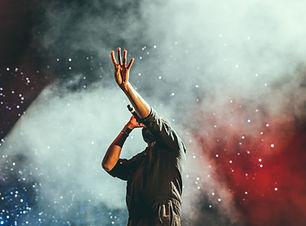 Künstler auf der Bühne