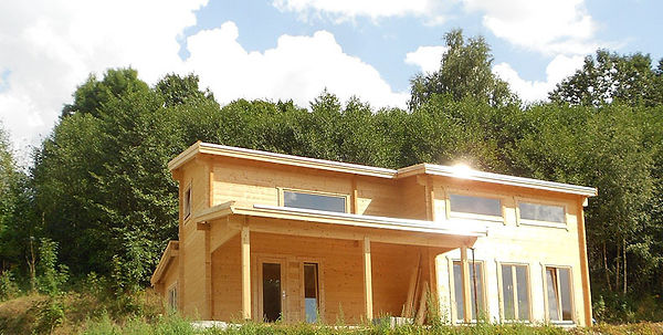 holzhaus-aufbau-erzgebirge-aue-schritt-2