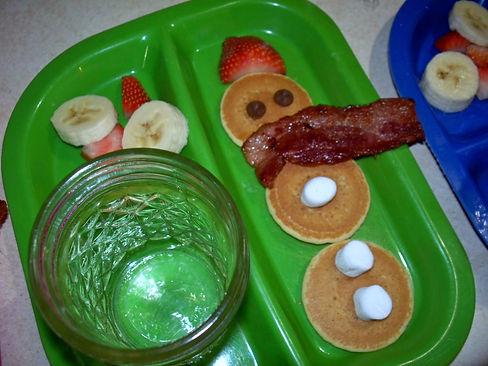Snowman breakfast, special snowman pancakes