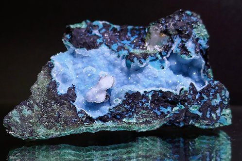 Quartz on Chalcedony with Chrysocolla and Malachite
