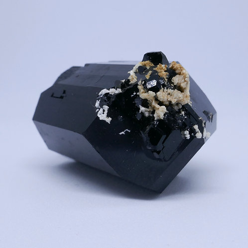 Double-ended Schorl Tourmaline