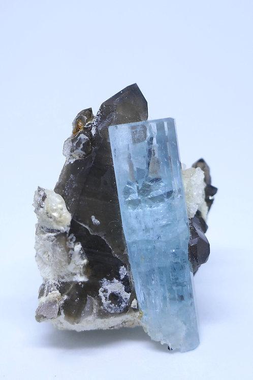 Aquamarine with Smoky Cluster
