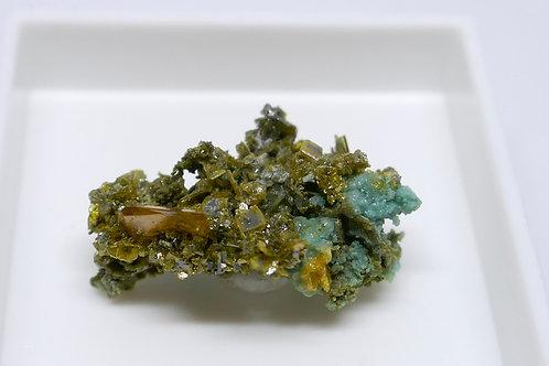 Wulfenite, Mottramite, Plancheite