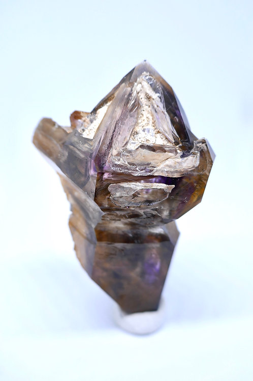 Floater Quartz with Amethyst Zoning