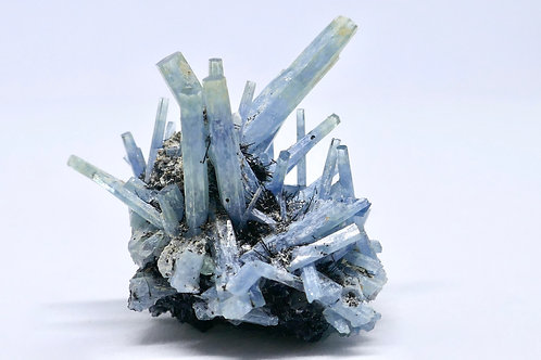 Beryl var. Aquamarine Cluster