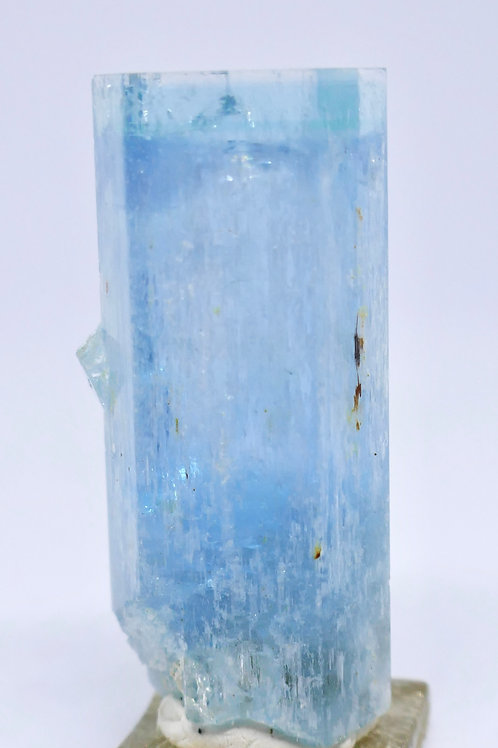 Beryl var. Aquamarine Crystal