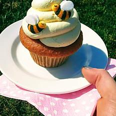 Vanilla Cupcake w/Lemon Cream Cheese Frosting