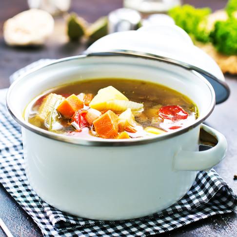 Slow Cooker Veggie Soup