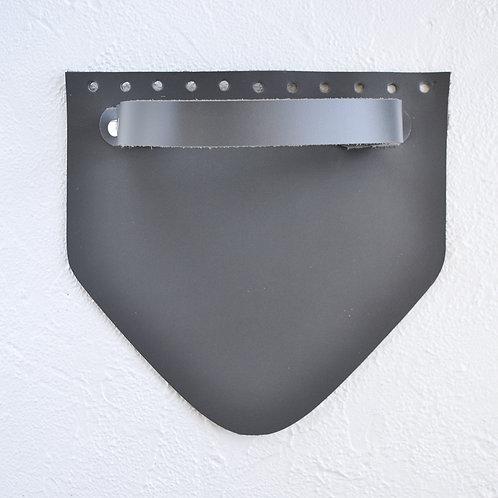 Кожаный клапан треугольный (серый)