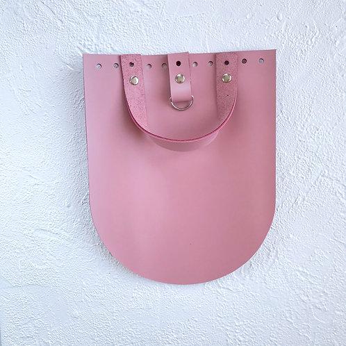 Кожаный клапан для рюкзака (пудровый)