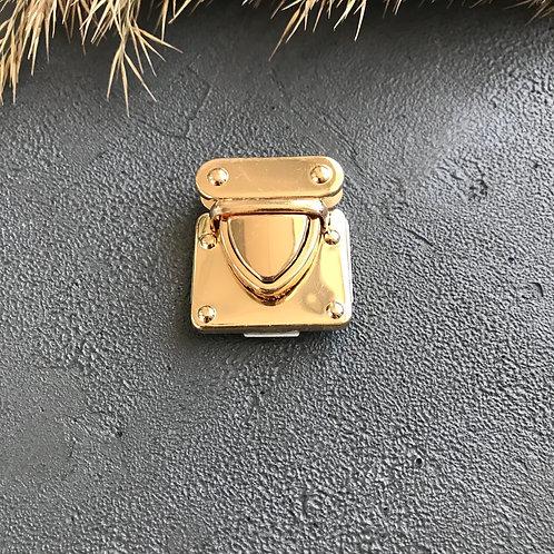 Замок портфельный 35*40мм золото