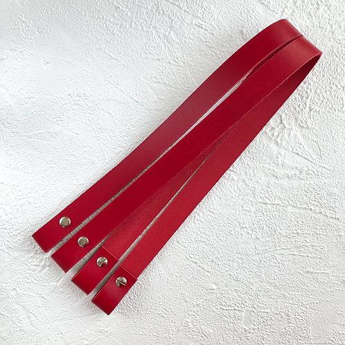 Кожаные ручки на винтах 60см красный